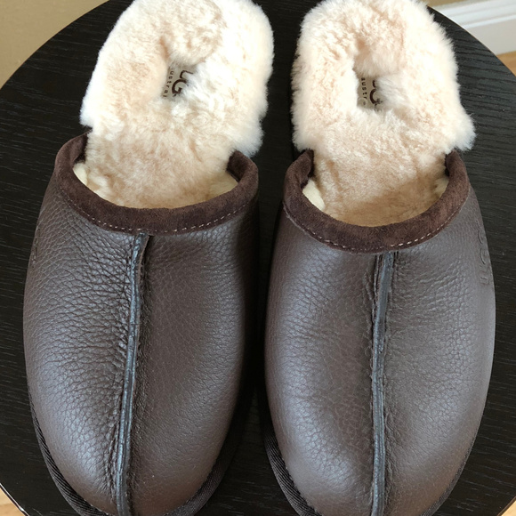 b31bd859c53 NEW! Men's UGG Scuff Slippers Boutique